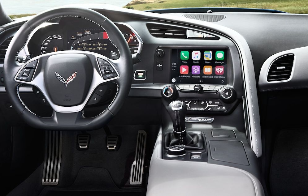 2017 Corvette Dashboard-equipped Amenities