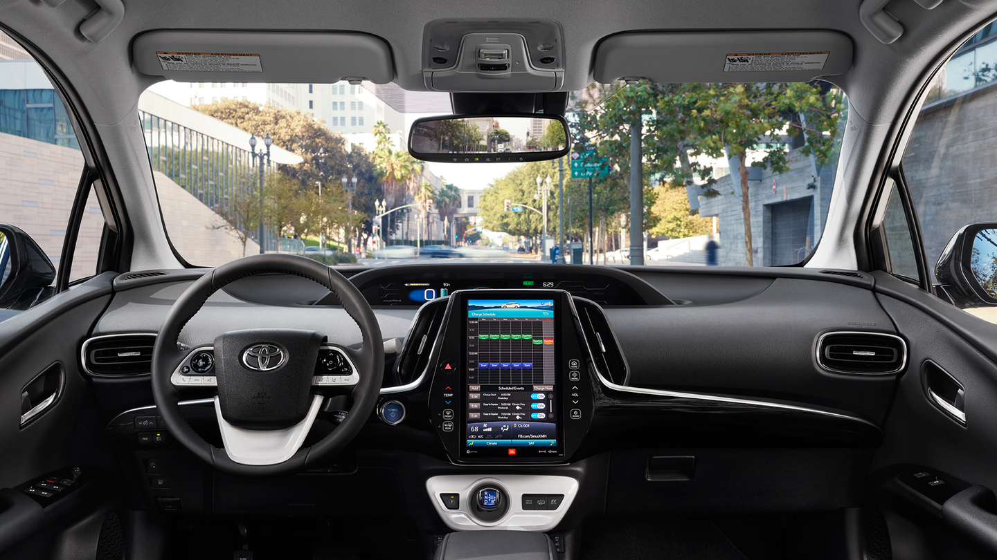 Modern Technology in the Prius Prime!